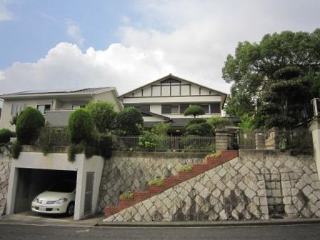 神戸市北区泉台の賃貸物件外観写真