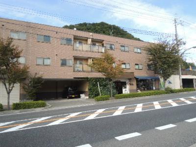 谷上駅 駐車場