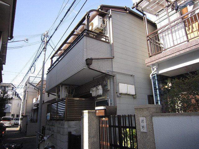 神戸市中央区東川崎町の賃貸物件外観写真