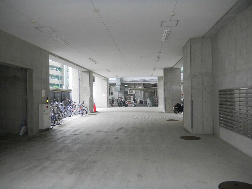 神戸市兵庫区駅前通の賃貸物件外観写真