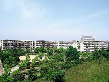 神戸市西区学園西町の賃貸物件外観写真